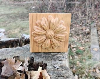 Reclaimed Wood Douglas Fir Flower Plaque - Natural