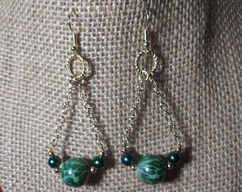 Leopard earrings, green and gold chain earrings