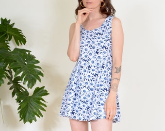 90s Playful Daisy Tank Dress