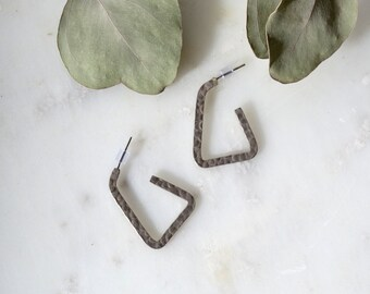 """Vintage Silver Tone Triangular Hoops / 1"""" height"""