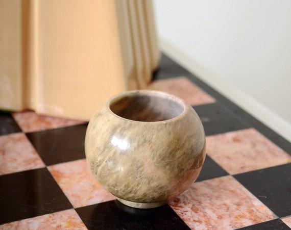 """Tiny Stone Vase / 2"""""""