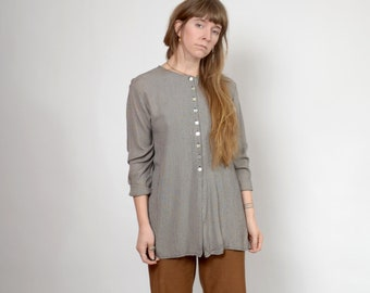 1990s Minimalist Grey Houndstooth Button Top / by Jay Peters / small - medium - large