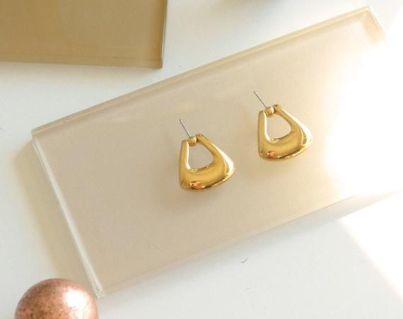 Dangling Gold Studs