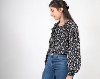 90s Black Floral Ruffle Blouse / by Liz Claiborne / small