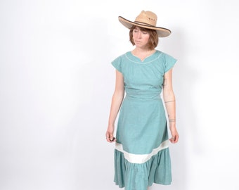 1940s Western Style Tiered Cotton Dress / medium
