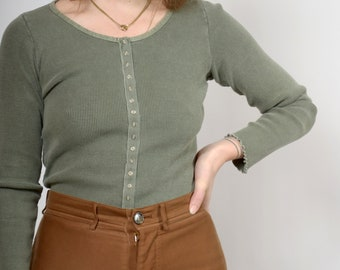 90s Sage Green Ribbed Knit Button Top / by Moda Int'l / small - medium