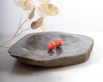"Hand Cut Stone Dish / Shades of Grey / Natural Earthy Decor / Soap Dish or Trinket Dish / Made in Minnesota, USA / 7"" x 5"""