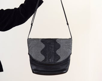 Squiggly Leather Statement Purse