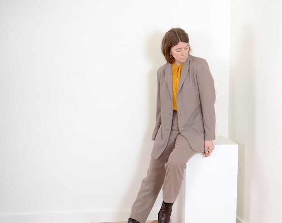 Wool Ecru Pant Suit / 30W