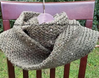 Forest Green Tweed Infinity Scarf