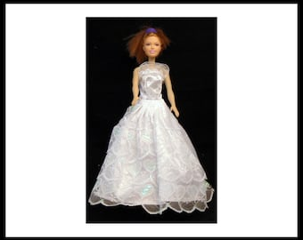 Ball gown/ white lace/Barbie ball gown/Barbie gown/ Barbie dress/fashion/doll clothing/doll clothes/dress/little girl/gift/