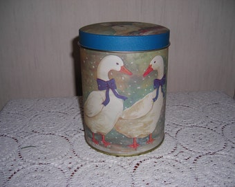 Set Of 3 Metal Canisters  Geese Theme