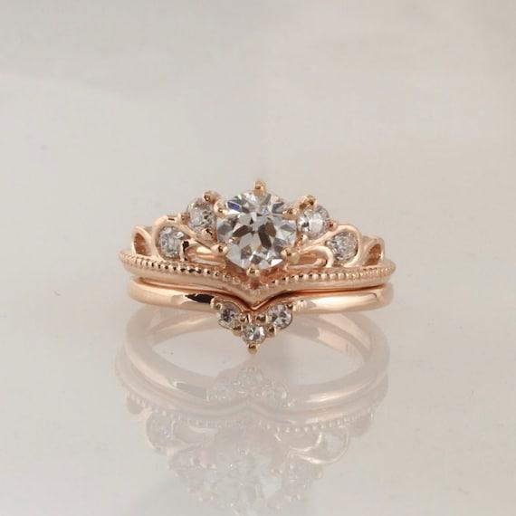 Engagement Ring / Moissanite Rings / Crown Ring / Round Diamond Ring /  Tiara Ring / Custom Rings / Wedding Rings / Anniversary Rings