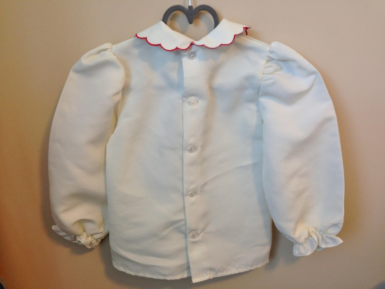 Vtg Embroidered Blouse Top for Baby Girl Vintage White Long Sleeve Top Red and Green Needlepoint Embroidery on Scalloped Collar Size 4