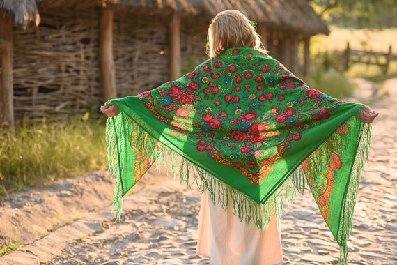 """Vintage Ukrainian shawl """"Love from the First sight"""