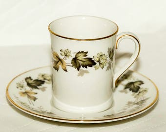 Vintage Royal Doulton English Translucent China, Demitasse, Set of 4 Cups with Saucers, Larchmont Pattern, Made in England