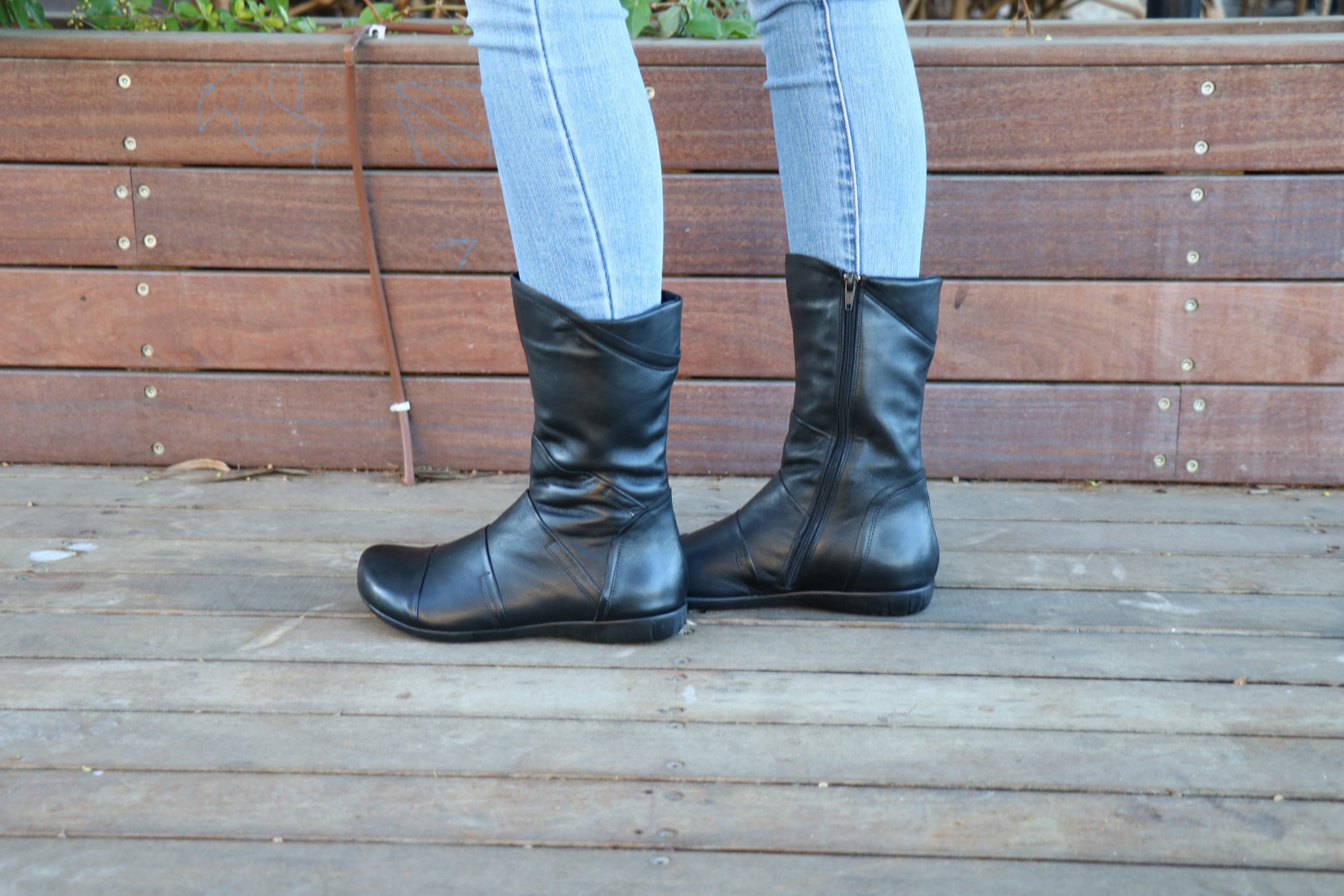 Black Leather, Handmade Boots, Leather Boots,  Zippered Boots, Boots, Women Boots, Ankle Boots, Zippered Winter Boots, Handmade Shoes, Wide Fit dc7ea3