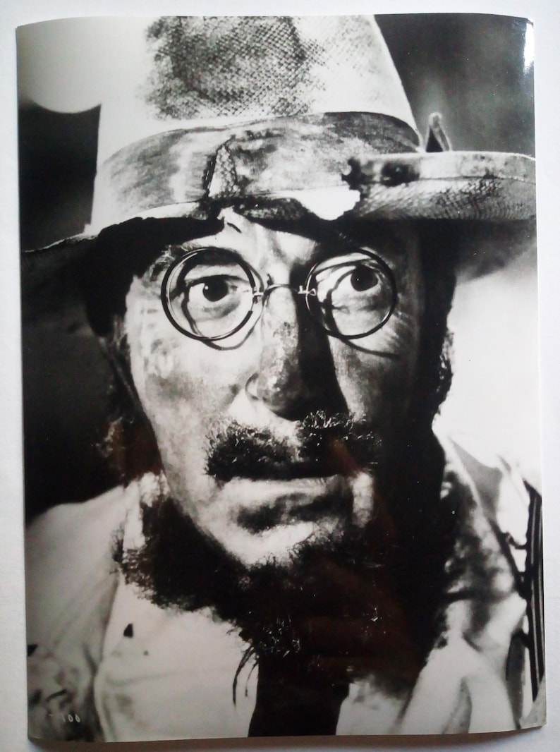 18 x 13 cm 3 original photos of the actor Peter Sellers of various films of the 80s Very rare images