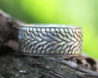 Ring with tire pattern, Wide ring, Tire ring, Tire tread ring, Wide tire ring, Pattern ring, Sterling silver ring, Ring with blacking