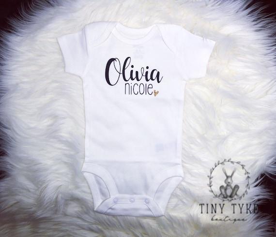 Personnalisé PRINCESSE nom bébé gilet Babygrow vêtements douche cadeaux fille