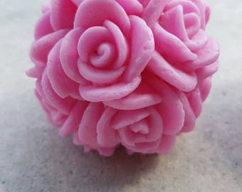 Candles aromatic with a smell of roses 100 g.