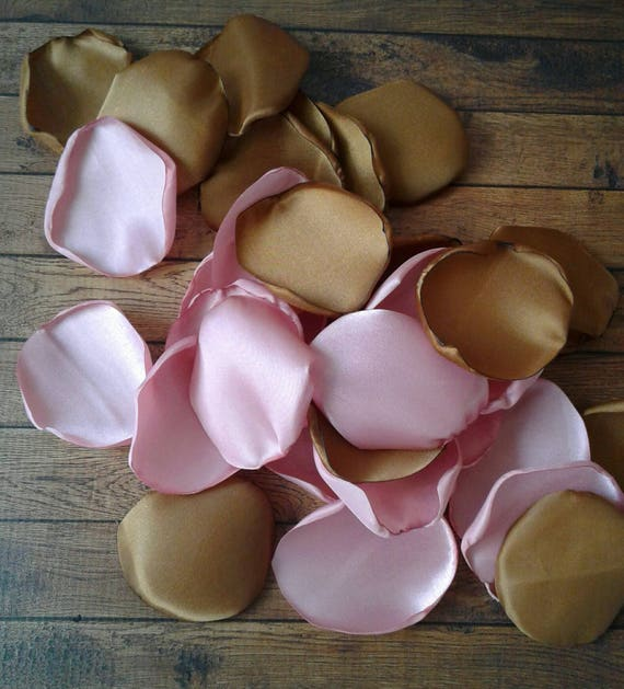 Dusty rose and Copper rose petals, Copper rose petals, Dusty rose wedding decor, Modern wedding decor, rose petals, flower petals.