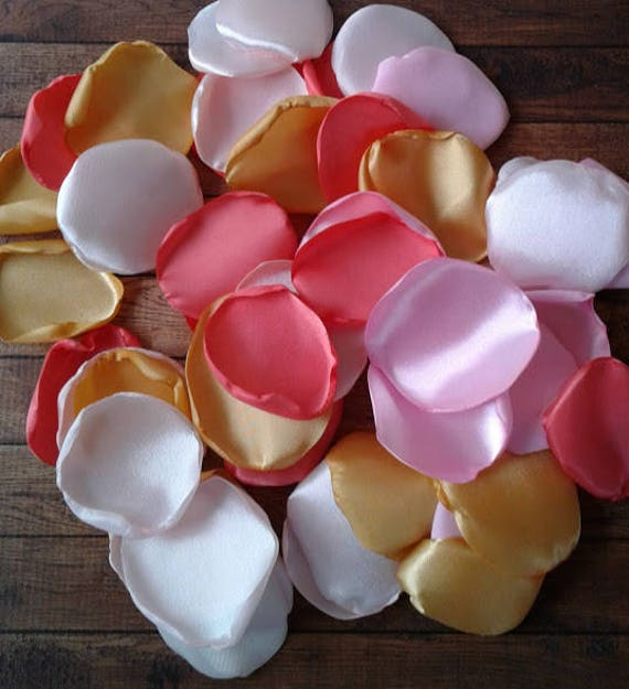 Carousel party decor, carousel baby shower, carousel party, carousel birthday decorations, carousel party decorations, rose petals, decor.