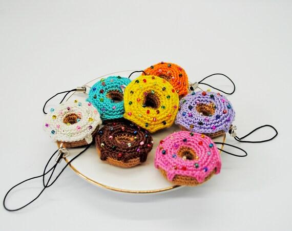 Crochet donut keychain | Etsy | 451x570