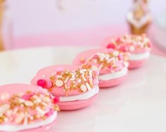 Mini Sprinkled Macarons