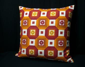 Cushion in 70 years fabric 50 x 50