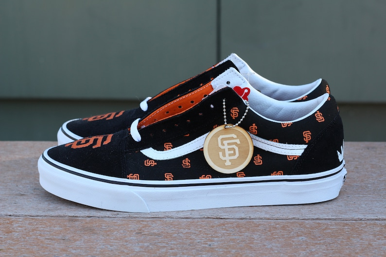 ac2df1b04d064e SF Giants OR New York Yankees x Vans Old Skool Custom Baseball