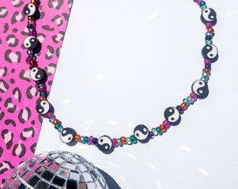 yin yang necklace, seed bead necklace, seed bead choker, Y2K jewelry, Y2K necklace, kidcore necklace, kidcore aesthetic, beaded choker,