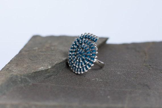Zipper sculpture ring