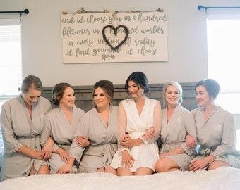 Set of 3 Bridesmaid Robes, Bridal robes, Wedding robes, Lace Robes, Bridesmaid Gifts, Bridal Party Robes, Bridesmaid Lace Robe