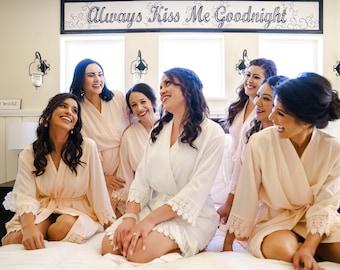 Set of 5 Bridesmaid Robes, Bridal robes, Wedding robes, Lace Robes, Bridesmaid Gifts, Bridal Party Robes, Bridesmaid Lace Robe