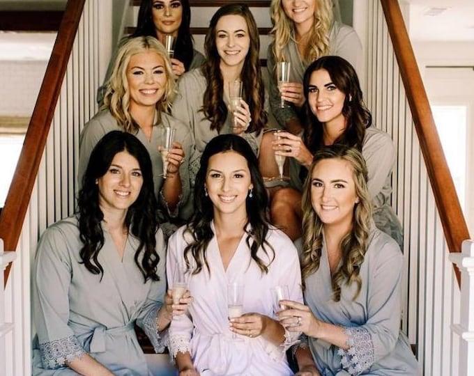 Set of 8 Bridesmaid Robes, Bridal robes, Wedding robes, Lace Robes, Bridesmaid Gifts, Bridal Party Robes, Bridesmaid Lace Robe