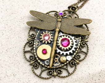 Dragonfly Steampunk Necklace, Vintage Boho Necklace, Mechanical Jewelry,  Watch Gears, Antiqued Brass, Women Gift, Swarovski crystals