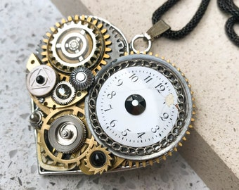 Black Heart Steampunk Necklace, Vintage Boho Necklace, Mechanical Jewelry,  Watch Gears, Antiqued Brass, Women Gift, Swarovski crystals