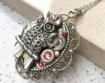 Steampunk Necklace, Owl, Vintage Boho Necklace, Mechanical Jewelry,  Watch Gears, Antiqued Brass, Women Gift, Swarovski crystals