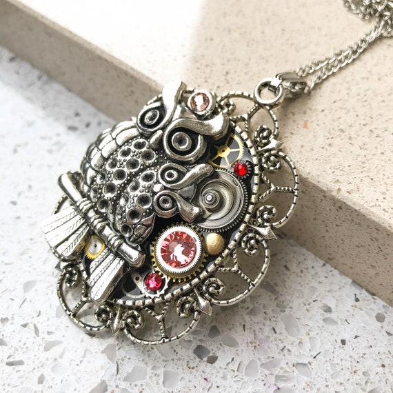 Steampunk Necklace, Owl, Vintage Boho Necklace, Mechanical Jewelry,  Watch Gears, Antiqued Brass, Women Gift, Swarovski crystals