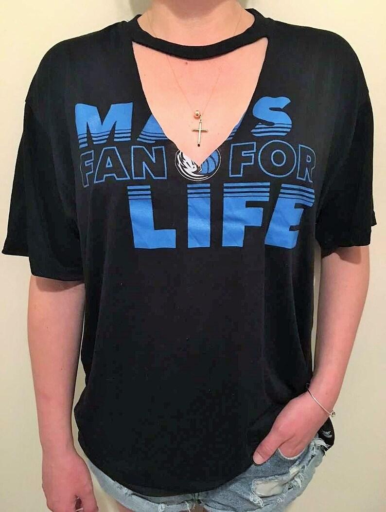 DALLAS MAVERICKS NBA Basketball Choker Neck V Neck T-Shirt  414665805