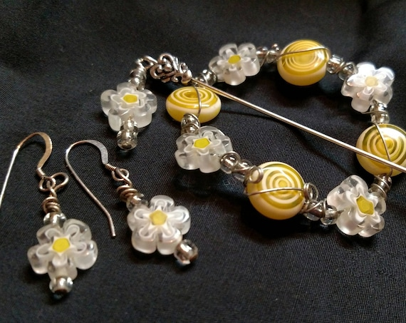 Shawl Pin - Daisy and Sun with Clear Accent Bead and Wire