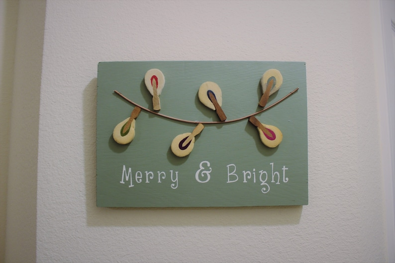 Inspirational Wood Wall Art Sign Merry & Bright image 0