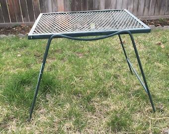 vintage modern woodard side table metal mesh patio furniture salterini - Vintage Wrought Iron Patio Furniture