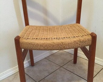 SUMMER SIZZLER SALE - Vintage Danish Modern Teak chair with woven rope seat Mid Century Wegner Eames & Woven seat chair | Etsy
