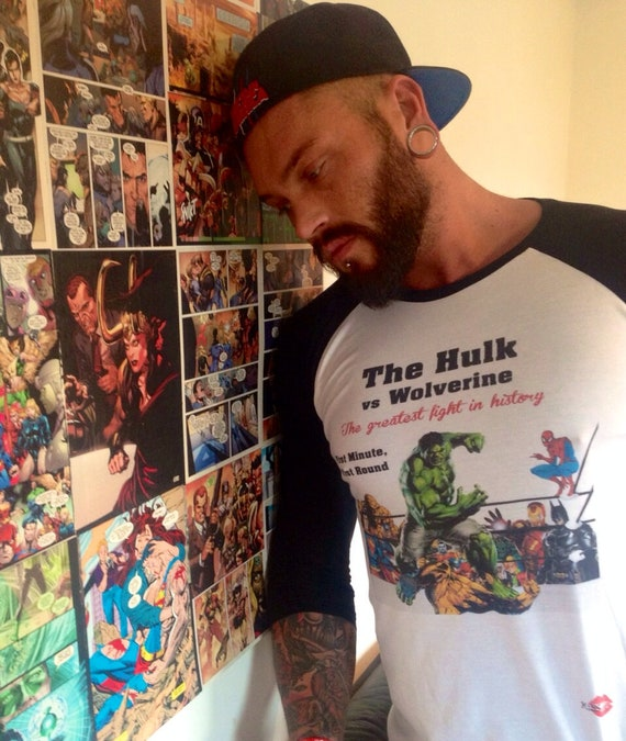 Hulk Vs Wolverine KiSS Baseball T-Shirt - Spiderman - Muhammad Ali Inspired -Boxing - Comic Superhero - Cool