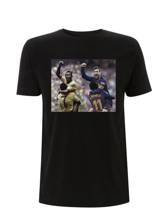 Pele & Messi KiSS T-Shirt - Brazil Barcelona Argentina - Football Soccer - Icon Legend GOAT - footie fan - Celebration - Lionel