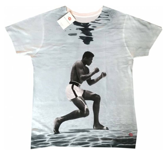 Muhammad Ali Water KiSS All Over T-Shirt - Training Boxing Fighter - Cassius Clay - Southpaw Stance - Boxer