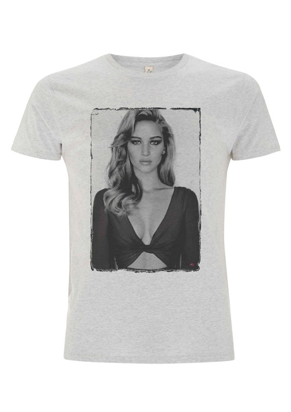 Jennifer Lawrence KiSS T-Shirt - J Law - Red Sparrow - Hunger Games - Katniss - Passengers - Silver Lining's Playbook - Film Fan