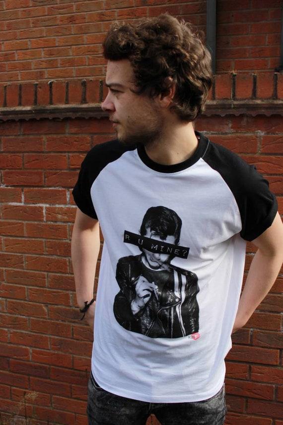 R U Mine? KiSS Baseball T-Shirt - Alex Turner - Arctic Monkeys - Favourite Worst Nightmare - Indie Music